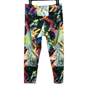 Onzie Printed Capri Workout Yoga Leggings